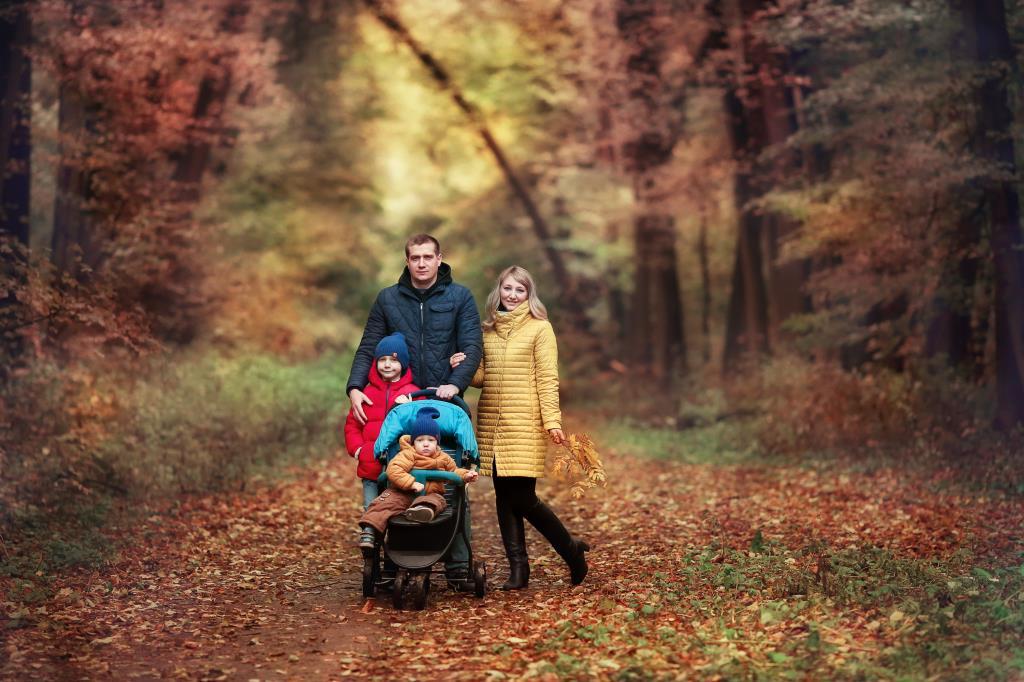 Счастье-быть вместе!!!Прогулка всей семьей в лесу!. Счастье есть!