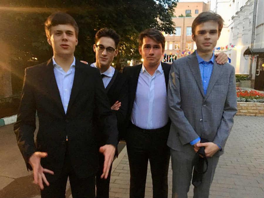 Сыновья Анны Михалковой