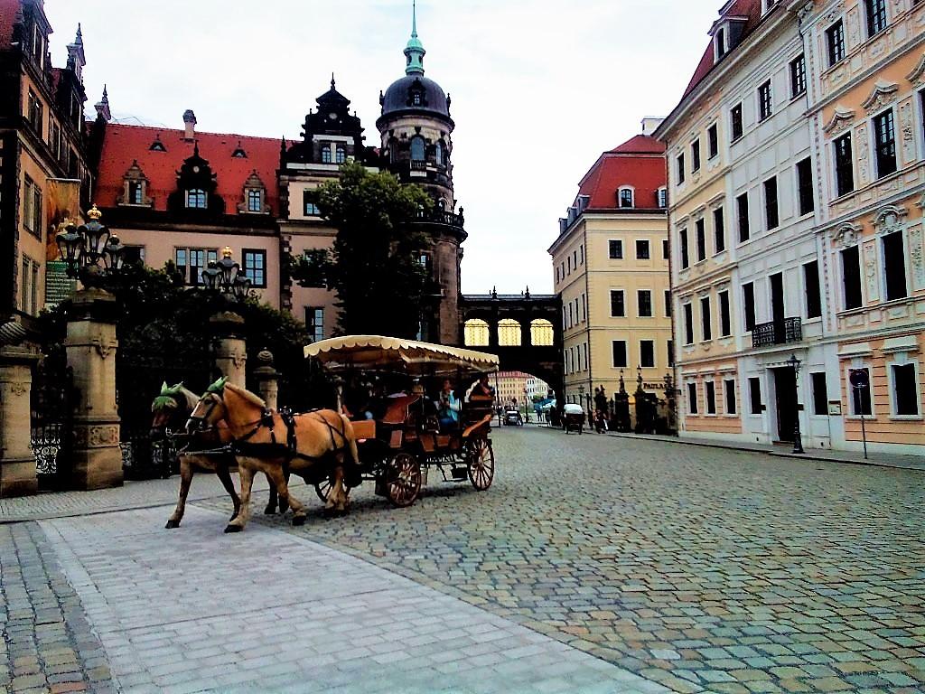 По улицам Дрездена с ветеркоммм!. Блиц: улицы