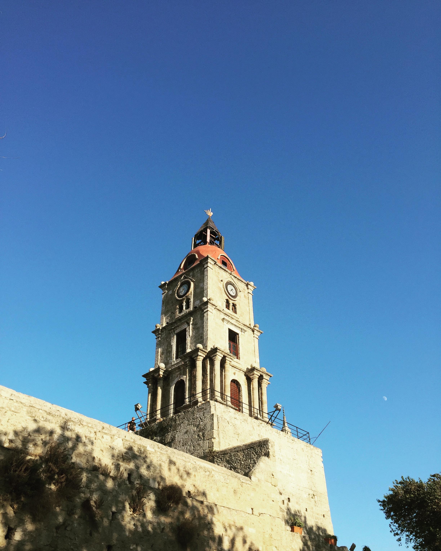 Часовая башня, старый город Родос. Блиц: башни