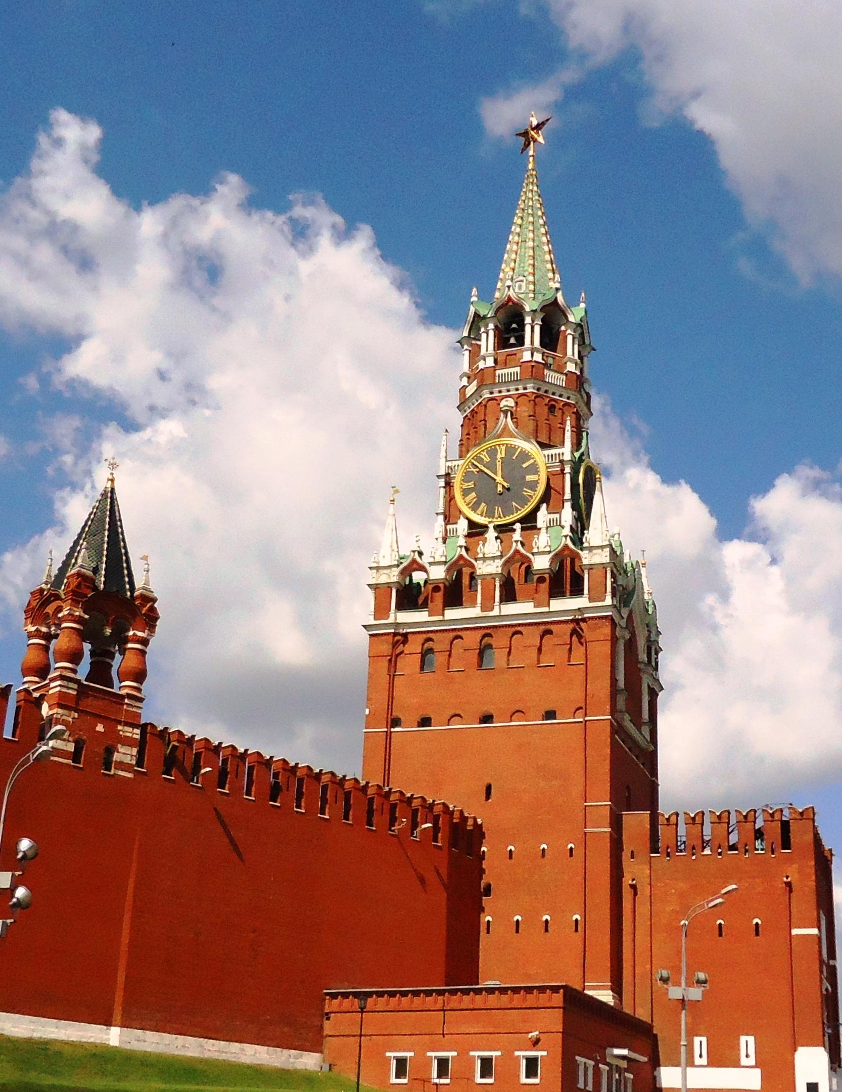 Кремлевская фаворитка))). Блиц: башни