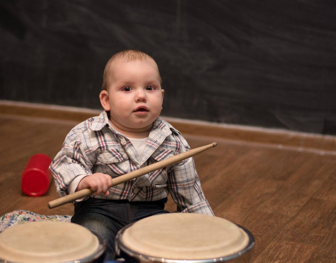 Юный музыкант. Учимся, играя