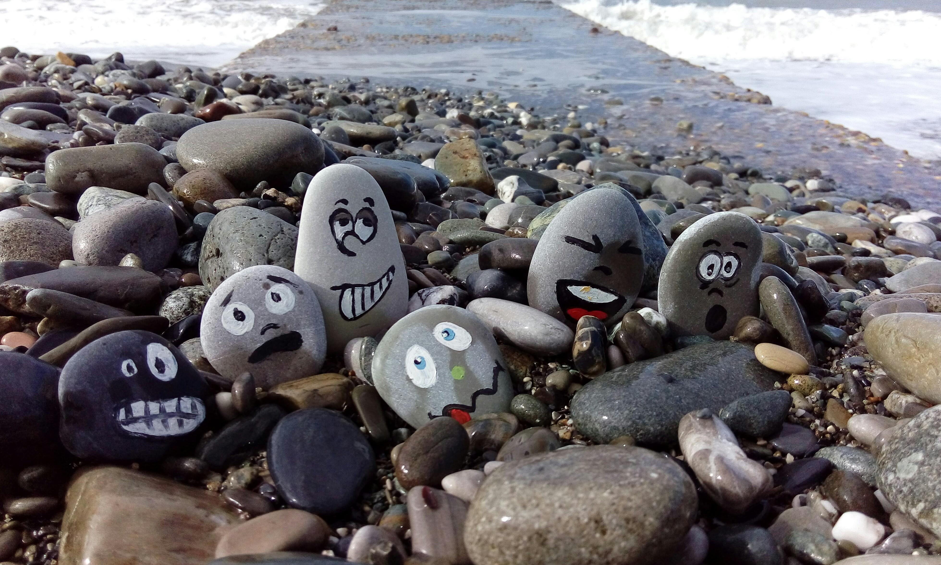 Когда мои друзья со мной!. Блиц: камни