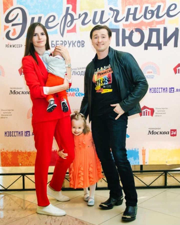 Cергей Безруков жена дети