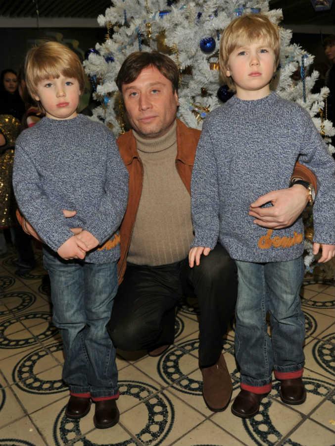 Мария Шукшина муж дети близнецы
