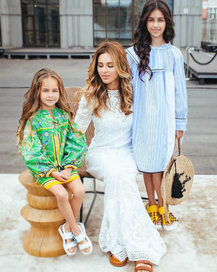 Жена Александра Реввы дочери