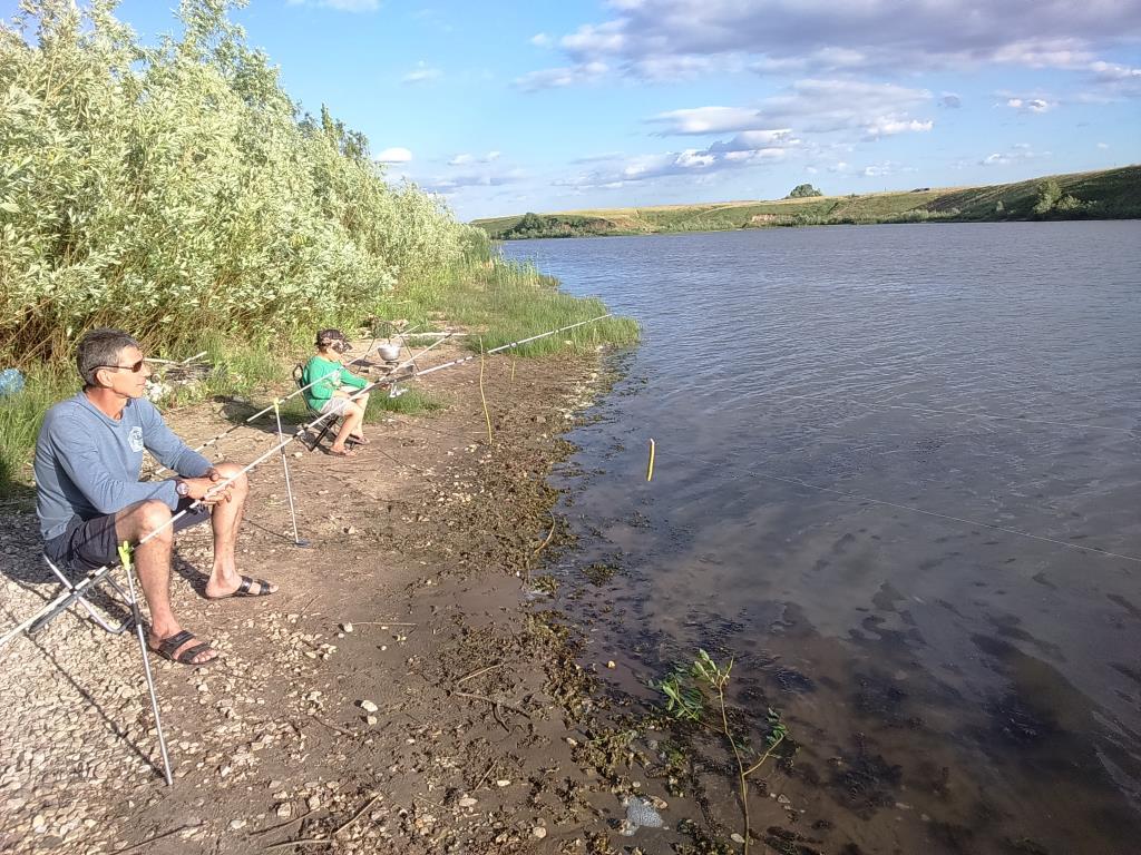 Ловись рыбка, большая и маленькая))). Отдых у воды
