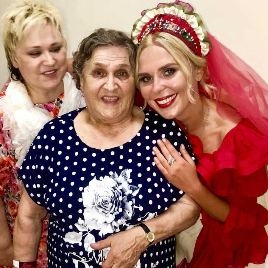 Певица Пелагея с мамой и бабушкой