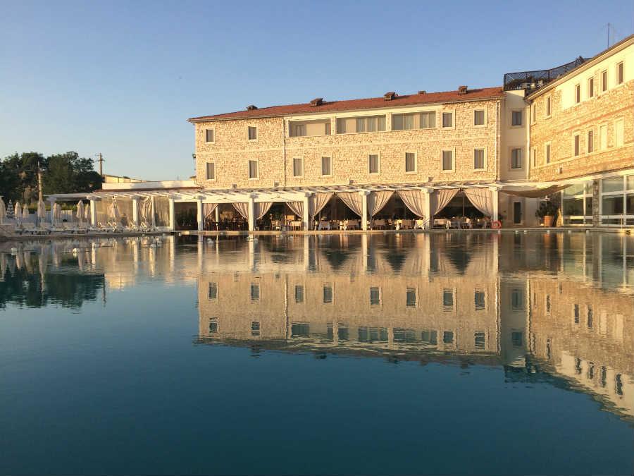курорт Terme di Saturnia Natural Spa & Golf Resort