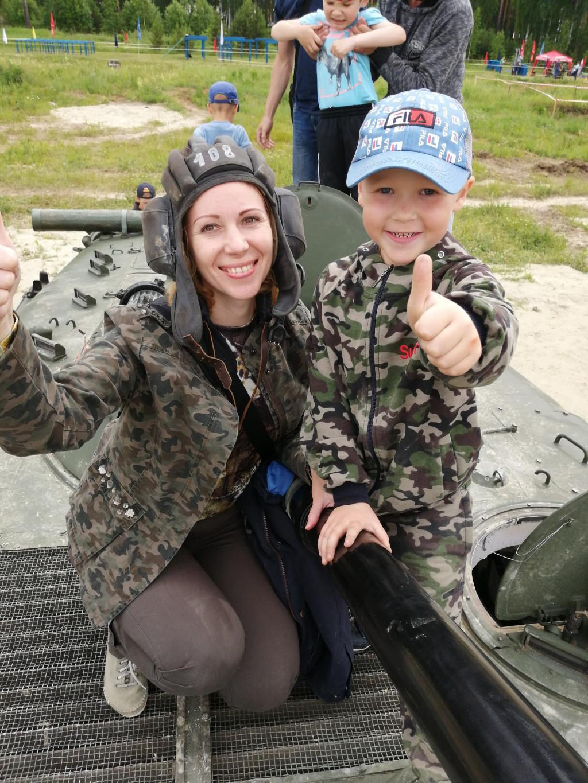 Нас двое и мы в танке. Вместе весело!