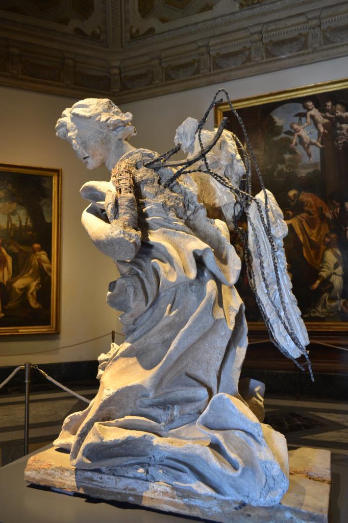 Наследие Ватикана. Потрепан веками, но прекрасен.. Блиц: скульптура