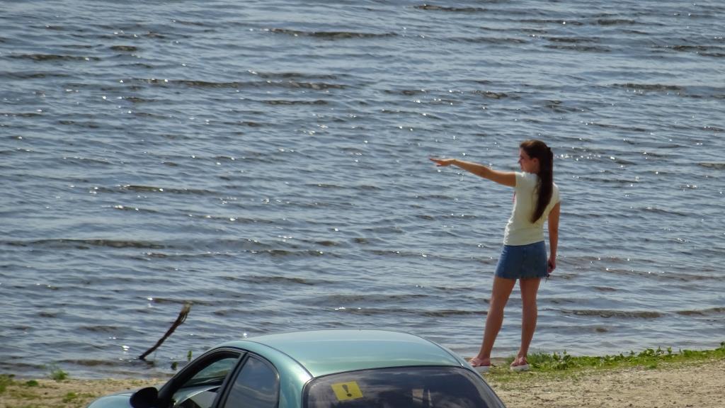 На берегу реки Оки.. Яркое лето