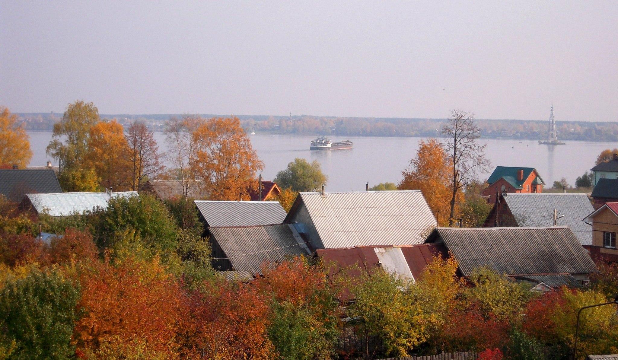 Осень на Волге. Блиц: яркая осень