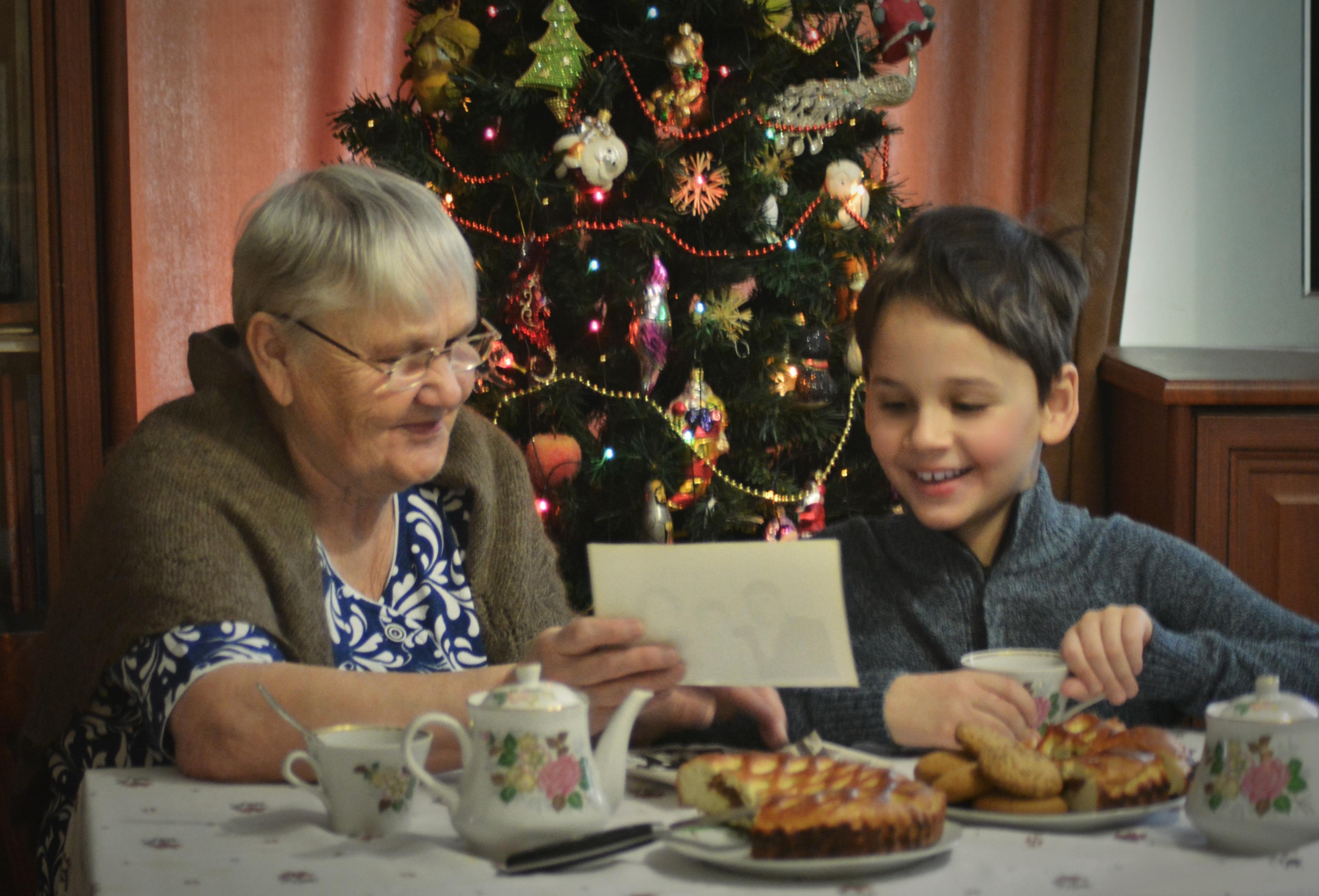 Новогодние каникулы- в гостях у бабушки . Новогодние каникулы