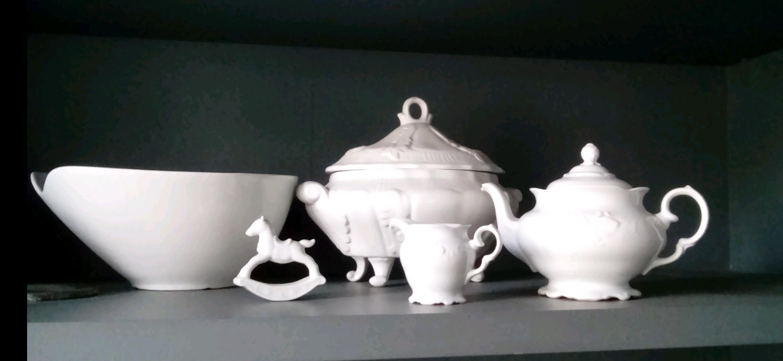 Белый шик. Блиц: посуда
