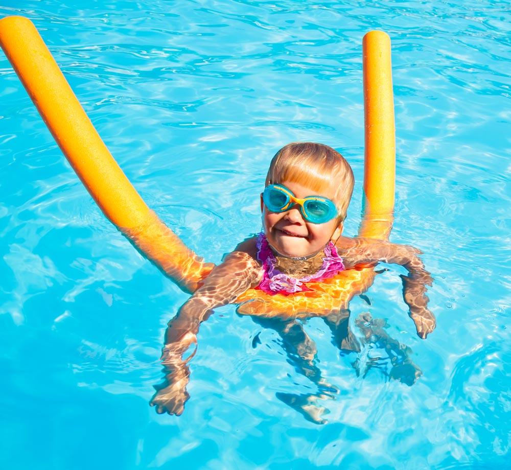 плюсы занятий плаванием для ребёнка