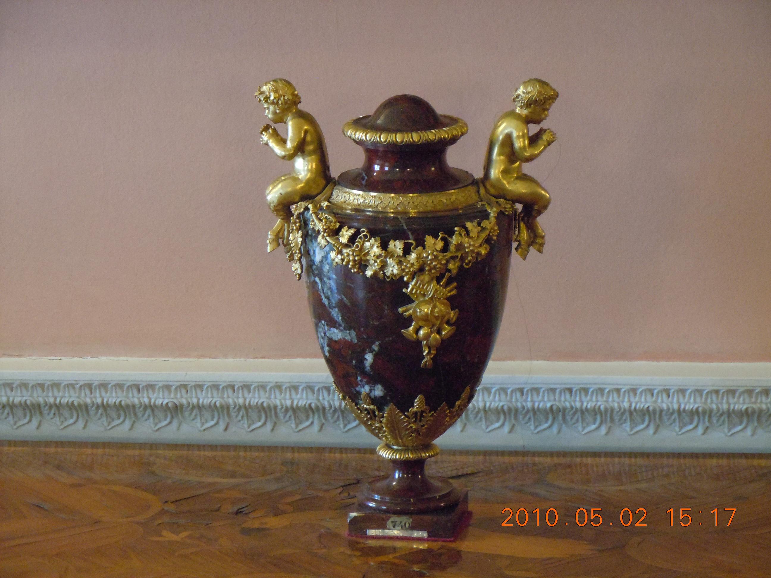 Царская ваза. Блиц: фарфор