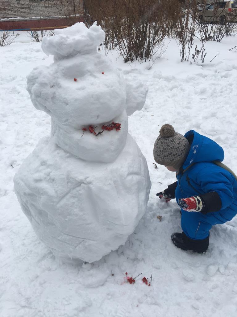 Обезьянка Чича. Блиц: фигуры из снега