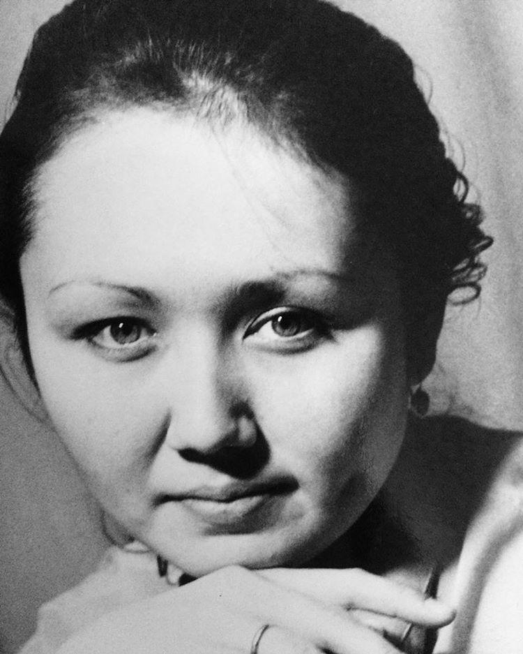 Ляйсан Утяшева мама умерла