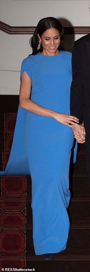 Меган Маркл платья голубое