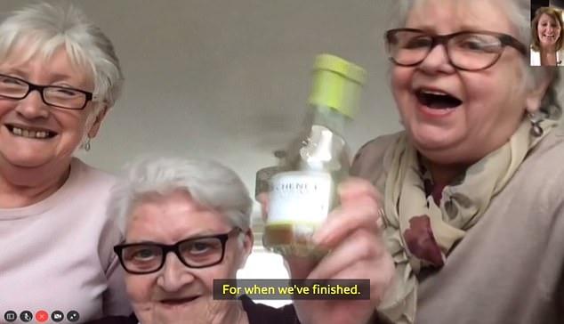 Карантин для пожилых людей коронавирус