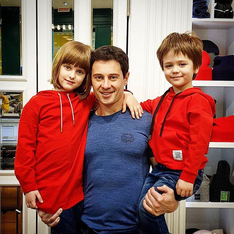 Антон Макарский дети