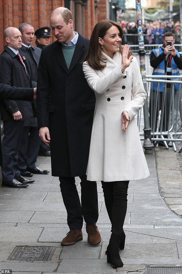 Принц Уильям Кейт Миддлтон пальто