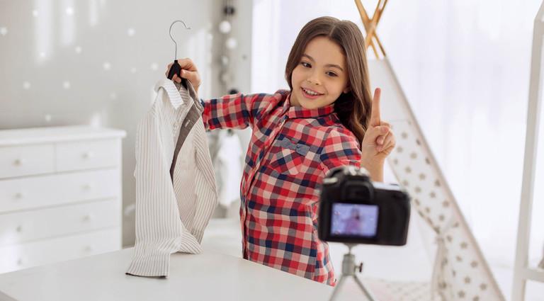 «Мой ребенок решил стать блогером – меня это пугает»: советы для родителей