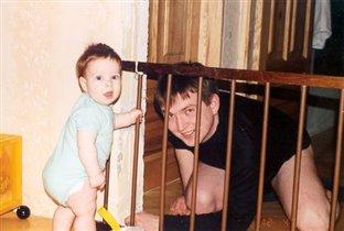 Детки в клетке :)
