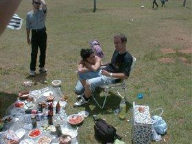 Лолка с мужем и Ян (нанин муж)