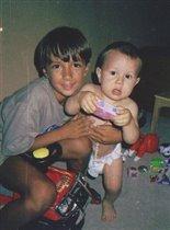 Максим с братом