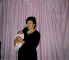 Таня с прабабушкой