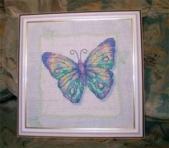 Пастельная бабочка от Дименшенс.