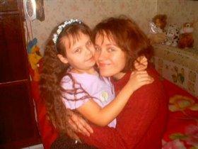 Мама Оля и доченька Даша