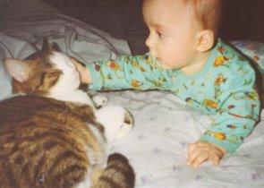 Артур с котиком Кузей