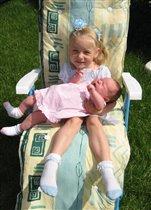 Сестренки в розовую и голубую клеточку
