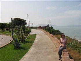 На побержье в Лиме. Ноябрь2003.