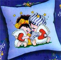 Подушка с детками