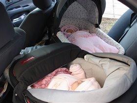 Мамы!! Лежачие места в машине уже заняты - можно отправляться!!