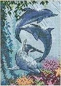 Трио дельфинов