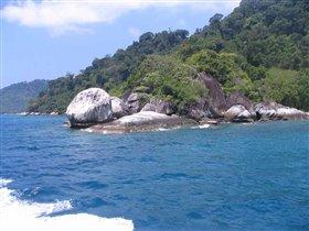 о. Тиоман (вид с моря)