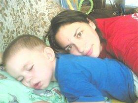 как хорошо же днем спится, но не дремлет родитель, оберегающий детский сон