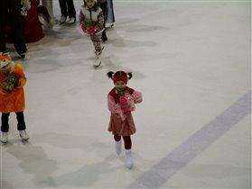 Елка на коньках!