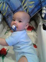 Сашке 6 месяцев