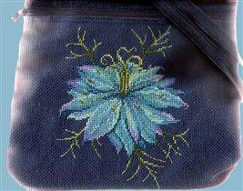 Вышивка на сумке 'Нигелла'
