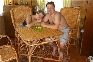 Мы с мужем - на веранде дома