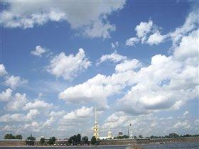 Петропавловка и небо