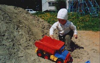 Юный строитель