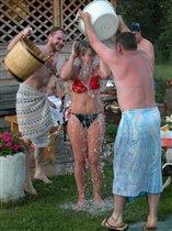 Посещение сауны и обливание после холодной водой очень способствует похудению и оздоровлению