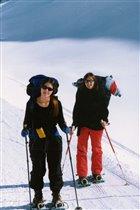 на снегоходах в гору